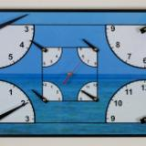 4 Quarter Clock with Sea