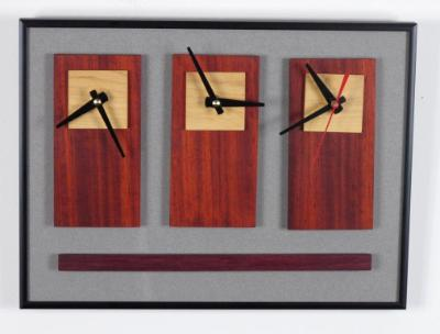 3 Options Wall Clock